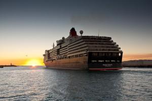 Queen Victoria departs Fremantle
