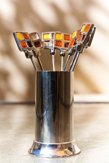 Shiny olive forks