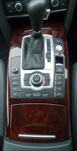 Audi console