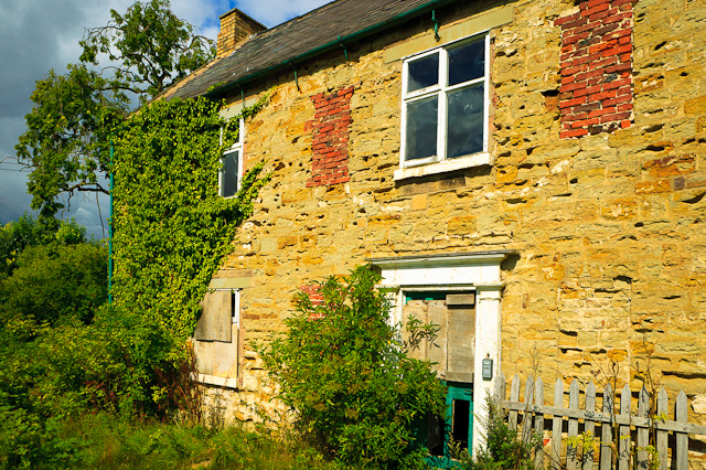 Derelict cottage, Church Street, Barlborough